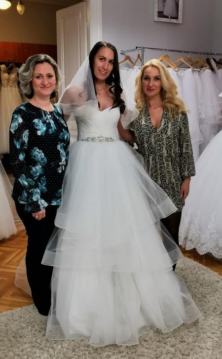 Menyasszonyi ruhapróba